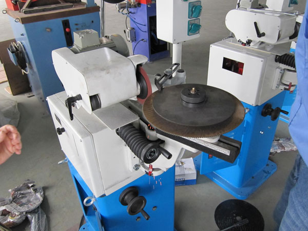 Saw blades repairing service